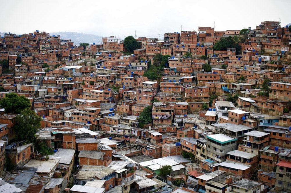 Венесуэла получает полмиллиарда долларов на еду